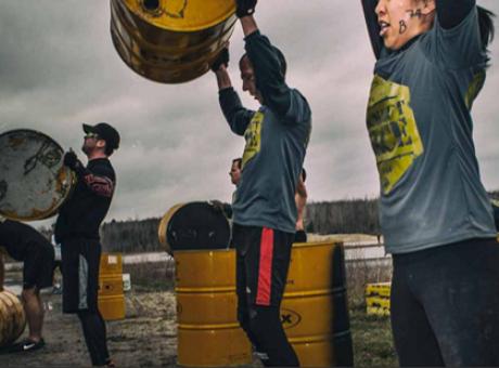 Découvrez la Blackout Race, une nouvelle tendance en entraînement!