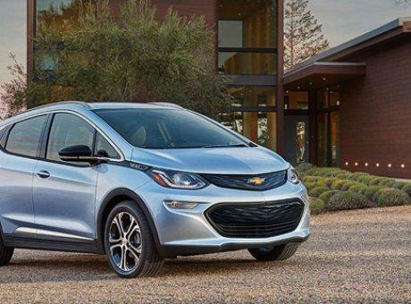 La Chevrolet Bolt EV 2017 gagne le prix de la voiture écologique de l'année