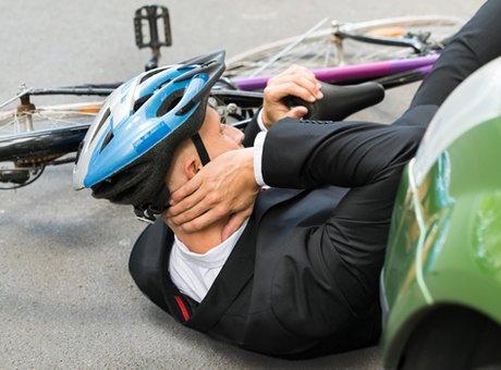 Protégeons nos cyclistes sur la route: comment effectuer nos manoeuvres?