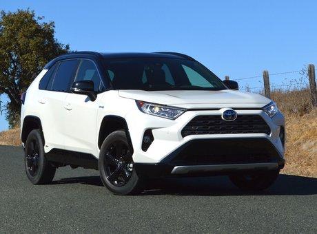Toyota RAV4 hybride 2019 : prix annoncés