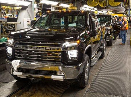 GM accroît la production de ses plus gros camions