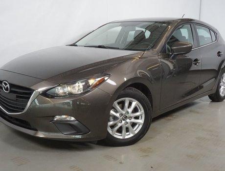 Mazda Mazda3 Sport GS-SKY GPS SIEGE CHAUFFANT 2015