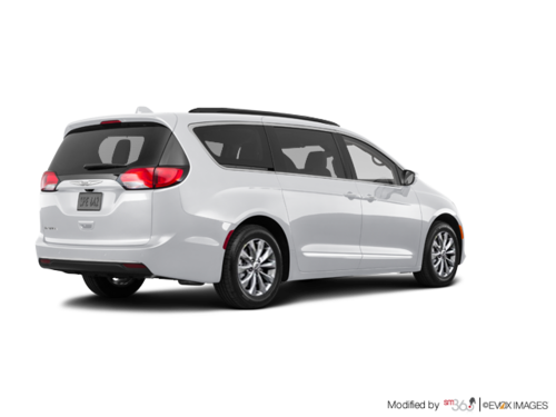 lapointe auto new 2017 chrysler pacifica touring l for sale in montmagny. Black Bedroom Furniture Sets. Home Design Ideas