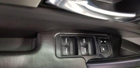 Acura TL W/Tech Pkg 2012 (16/21)