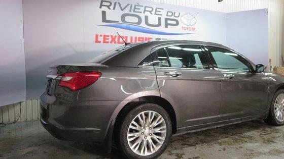 Chrysler 200 Limited 2014 CUIR,TOIT,PNEUS HIVER (6/21)