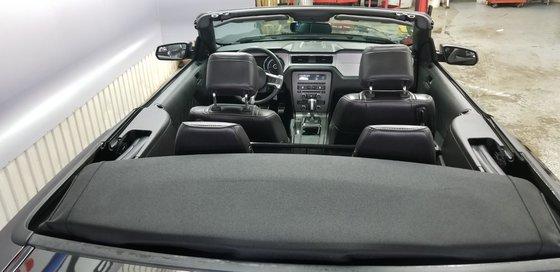 2013 Ford Mustang V6 Premium CONVERTIBLE (4/24)