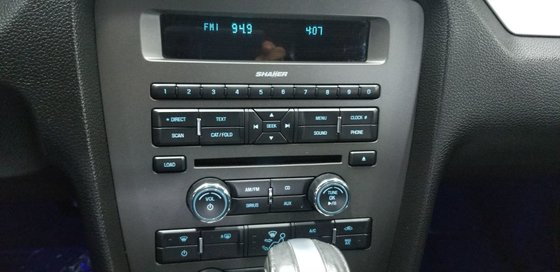 Ford Mustang V6 Premium CONVERTIBLE 2013 CONVERTIBLE (11/23)