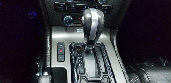 2013 Ford Mustang V6 Premium CONVERTIBLE (11/24)