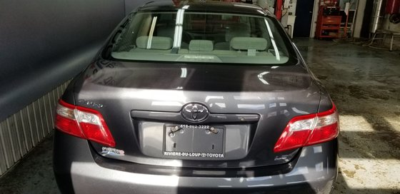 Toyota Camry LE 2009 (5/17)