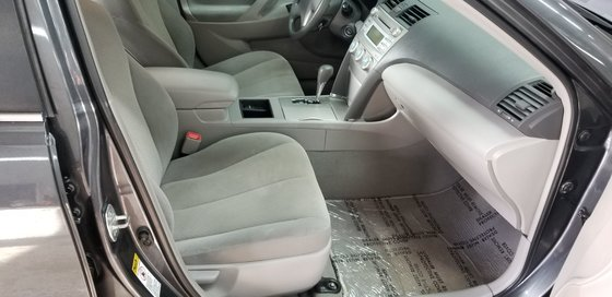Toyota Camry LE 2009 (14/17)