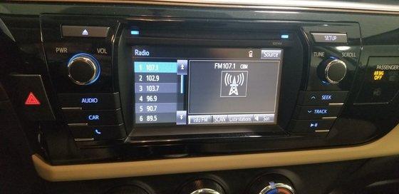 Toyota Corolla LE 2015 (7/18)