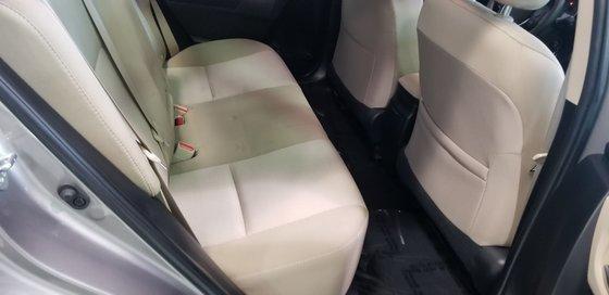 Toyota Corolla LE 2015 (15/18)