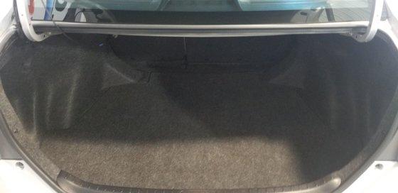 Toyota Corolla CE 2015 (16/19)