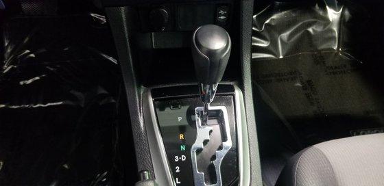 Toyota Corolla CE 2015 (4/23)