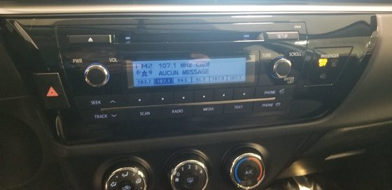 Toyota Corolla CE 2015 (6/23)