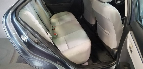 2016 Toyota Corolla LE (7/23)