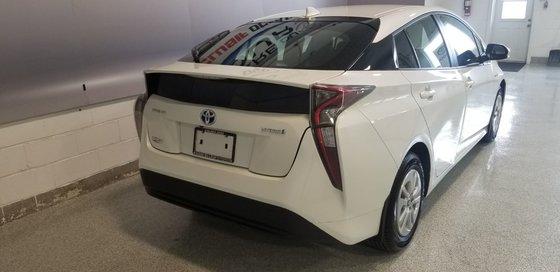 2018 Toyota Prius (3/21)