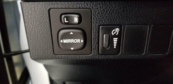 2016 Toyota RAV4 Hybrid XLE HYBRIDE (15/25)