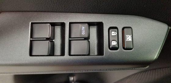 2016 Toyota RAV4 Hybrid XLE HYBRIDE (16/25)