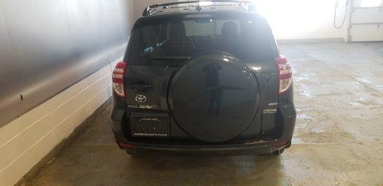 Toyota RAV4  2010 (4/18)