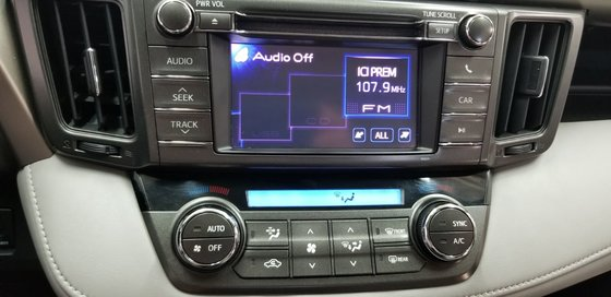 Toyota RAV4 XLE 2013 (7/18)