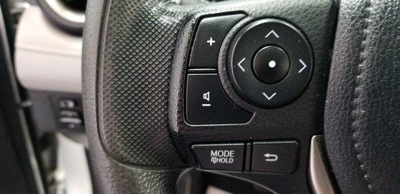 Toyota RAV4 XLE 2013 (9/18)