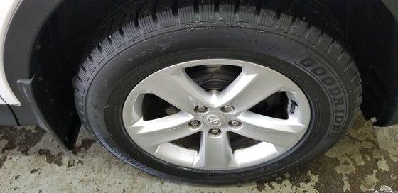 Toyota RAV4 XLE 2013 (17/18)