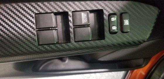 Toyota RAV4 LIMITED 2015 (9/20)