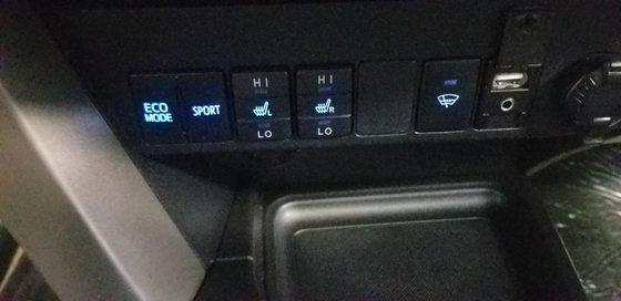 Toyota RAV4 LIMITED 2015 (12/20)