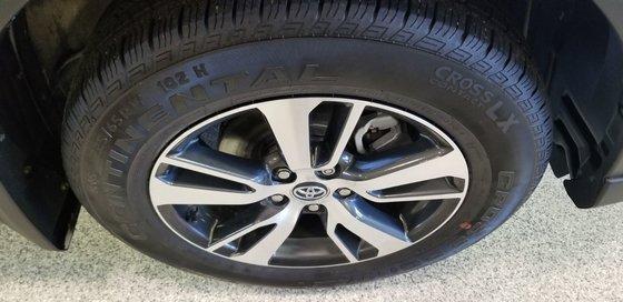 2016 Toyota RAV4 XLE (21/23)