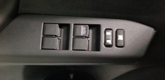 2016 Toyota RAV4 XLE (15/23)