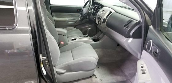 Toyota Tacoma SR5 2011 (9/12)