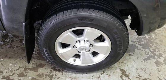 Toyota Tacoma SR5 2011 (12/12)