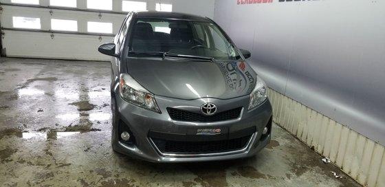 Toyota Yaris SE 2012 (3/19)