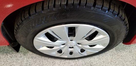 Toyota Yaris LE 2015 (16/18)