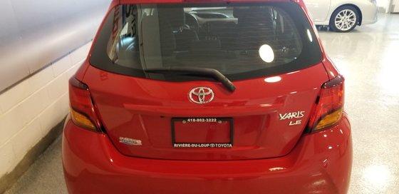 Toyota Yaris LE 2015 (4/18)