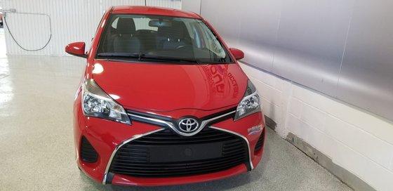 Toyota Yaris LE 2015 (3/18)