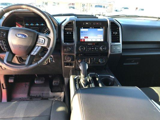 Ford F-150 XLT 2017 SPORT (13/20)