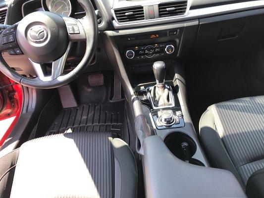 Mazda Mazda3 GT SPORT 2015 SKY-ACTIV (10/17)