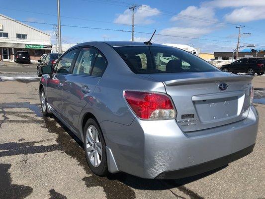 Subaru Impreza TOURING 2016 AWD (2/16)