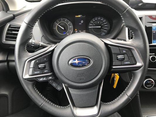 2017 Subaru Impreza Touring (13/15)