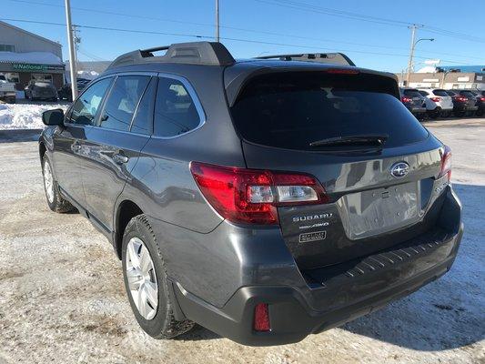 Subaru Outback COMMODITE 2019 AWD (2/17)