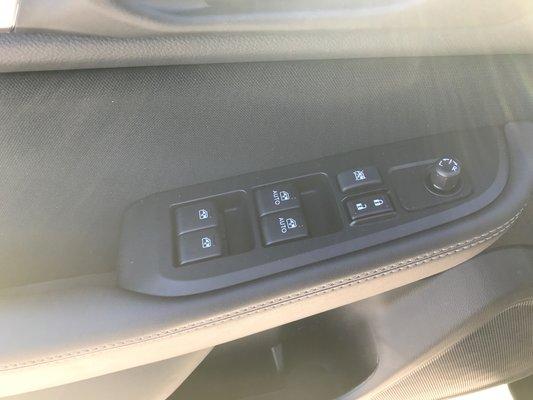 Subaru Outback COMMODITE 2019 AWD (14/17)