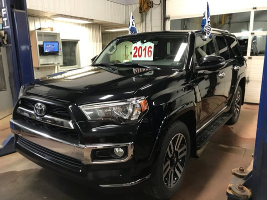 Toyota 4Runner LIMITEE/SR5 2016 LTEE BAS KM (24/27)