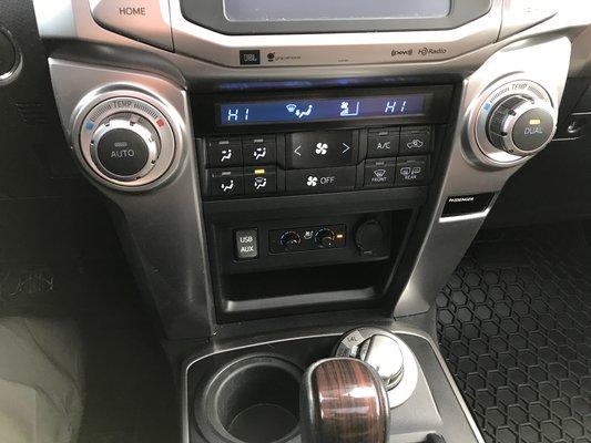 Toyota 4Runner LIMITEE/SR5 2016 LTEE BAS KM (15/27)