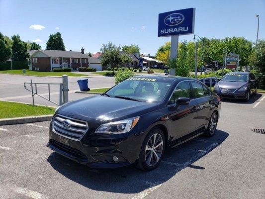 2015 Subaru Legacy 2,5I  LIMITED TOIT OUVRANT NAVIGATION