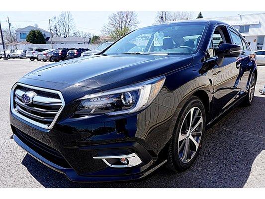 2018 Subaru Legacy 3.6R Limited w/EyeSight, AWD