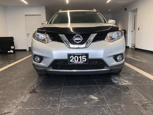 2015 Nissan Rogue SV FWD