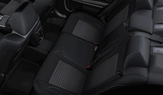 Black Cloth Performance seats (HAX9)