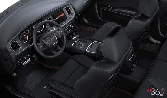 Black Cloth Performance seats w/Bee Logo (LSX9)